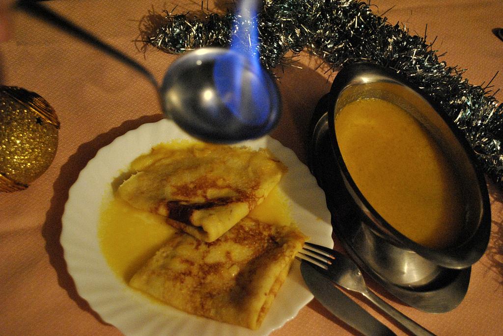Crepes Suzette ricetta originale del 1907 con mandarino e curaçao