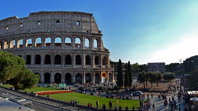 Colosseo: storia, cosa vedere e come raggiungerlo?